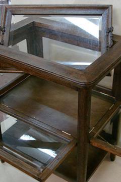 stolik-servirovochnyj-19-vek