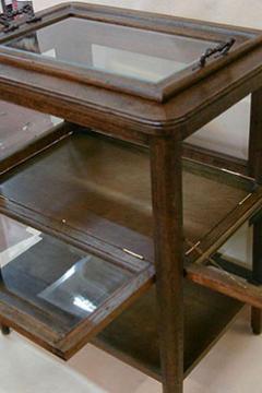 stolik-servirovochnyj-19-vek-1