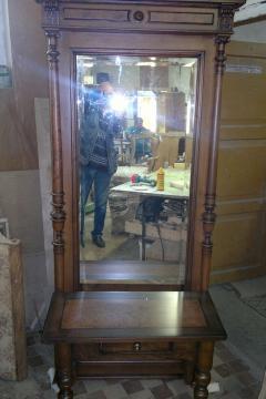 zerkalo-krasnoe-derevo-19-vek-1