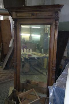 zerkalo-krasnoe-derevo-19-vek
